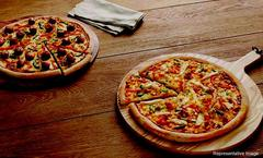 Hello Pizza, Crossing Republik, Ghaziabad, deal image - Magicpin